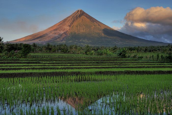 Image of Mayon Volcano, Philippines